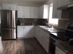 3 bedroom apartment in great neighborhood