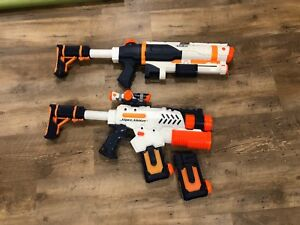 2 Nerf Super Soaker Water Guns