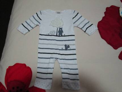 New baby clothes!! PLEASE CALL OR SMS ONLY!