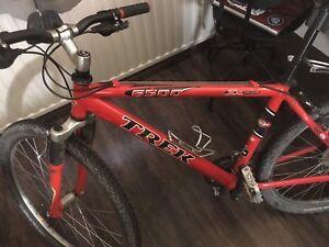 """Bike trek 6500, frame size M 18"""", 27 speeds"""