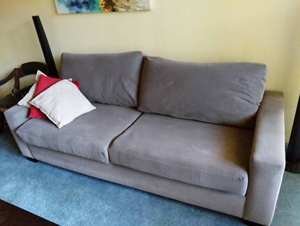 Freedom Sofas and Coffee Table