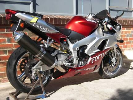 YAMAHA R1 MOTORCYCLE, not gsxr cbr zx 10 ninja Eltham Nillumbik Area Preview