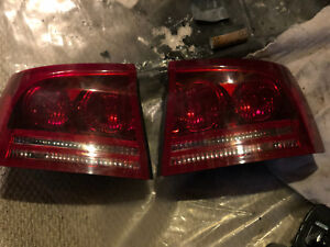 06-10 Dodge Charger tail lights