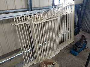 Tubular Cream Spear Top Fencing with Arched Gates - Basic Steel Lonsdale Morphett Vale Area Preview