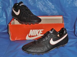 Nike-Typhoon-Black-Vintage-Field-Shoe-8-1-2-M
