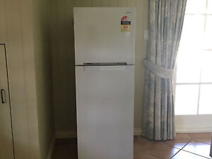 Samsung 255L top mount fridge (SR254MW) Coorparoo Brisbane South East Preview