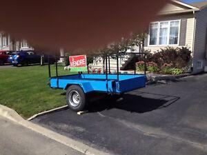 Superbe Remorque en acier /  steel trailer must see