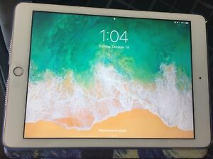 """iPad 9.7"""" 32GB (only 2 months old)"""