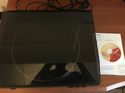 Sony Vinyl Record Player. with Software and Manual.
