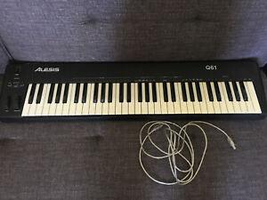 Alesis Q61 midi keyboard
