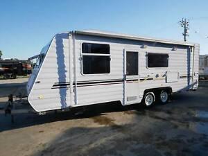 2010 Windsor Genesis Triple Bunk Van Nar Nar Goon North Cardinia Area Preview