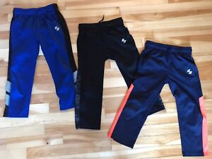 Boys Pants size S (  5/6T)