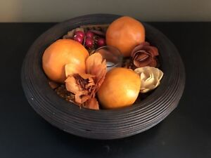 Decorative potpourri bowl with candle holder