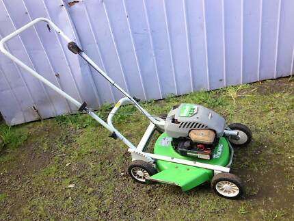 Viking side throw Lawnmower 4 stroke. Just serviced + Warranty