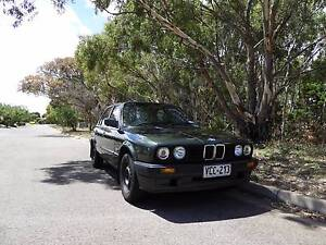 BMW E30 Sedan Series 2 318i 1989 Seaford Rise Morphett Vale Area Preview