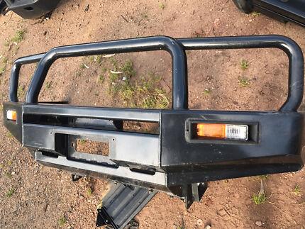 Nissan Navara D22 winch bar