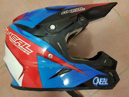 Oneal 9 Series Dirt Bike Helmet Great condition. Size M
