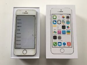 iPhone 5S, Silver, cracked screen, 100% functional