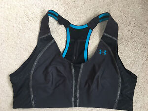 Under Armour heat gear sports bra size (36B)