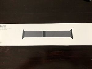 Apple Milanese Loop Band. Size 42mm