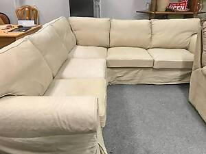 DELIVERY TODAY BEAUTIFUL MODERN CREAM L shape corner lounge SALE Belmont Belmont Area Preview