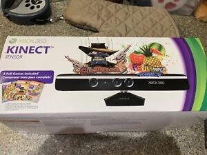Xbox 360 Kinect with two games