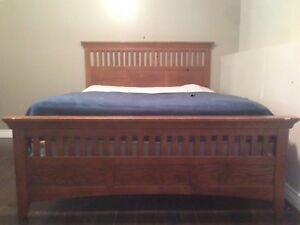 Queen bed frame - SOLD PPU