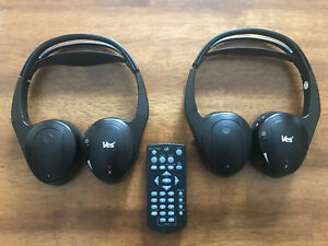 Chrysler VES Wireless Headphones Set & Remote