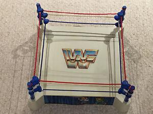 VINTAGE WWE WWF LJN SLING 'EM FLING 'EM WRESTLING RING