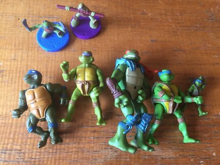 Teenage Mutant Nina Turtle Figurines