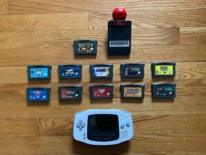 Nintendo Gameboy Advance + 17 Games