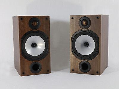 Monitor Audio Reference 2 Regallautsprecherpaar in Schwarz und Nußbaum (Baum Monitor)