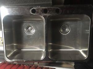 Two bowl kitchen sink American Standard