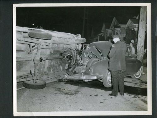 1953 Pontiac Car WRECK & Police at Accident Scene Unusual Vintage Photo 999248