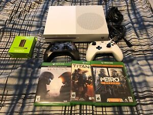 XBOX ONE S BUNDLE WITH GAMES & CONTROLLERS!