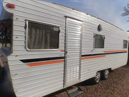 FAMILY BUNK, TANDEM AXLE CARAVAN, ISLAND BED 22 FT, 6 BERTH. Geelong 3220 Geelong City Preview