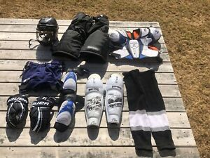 Men's Large Hockey Gear & Bag
