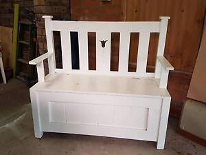 White Wooden Bench Seat with storage Yarrawarrah Sutherland Area Preview
