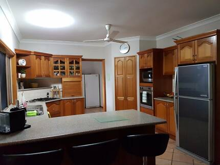 Full timber kitchen and laundry with appliances