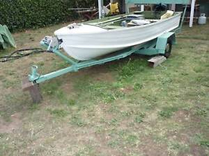 FISHING BOAT with MOTOR & TRAILER
