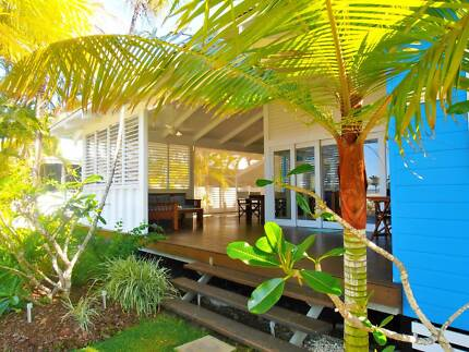 HOLIDAY IN CARDWELL - Ocean View