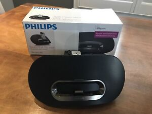 PHILIPS docking speaker with remote