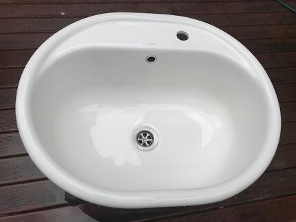 Superb Caroma Kitchen/laundry Tub