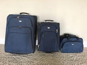 3 piece dockers luggage set