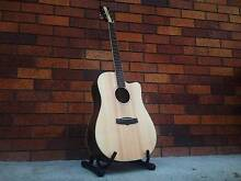 Tanglewood Acoustic Guitar With Hard Case Beenleigh Logan Area Preview