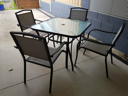 Outdoor Square Table with 4 Chairs