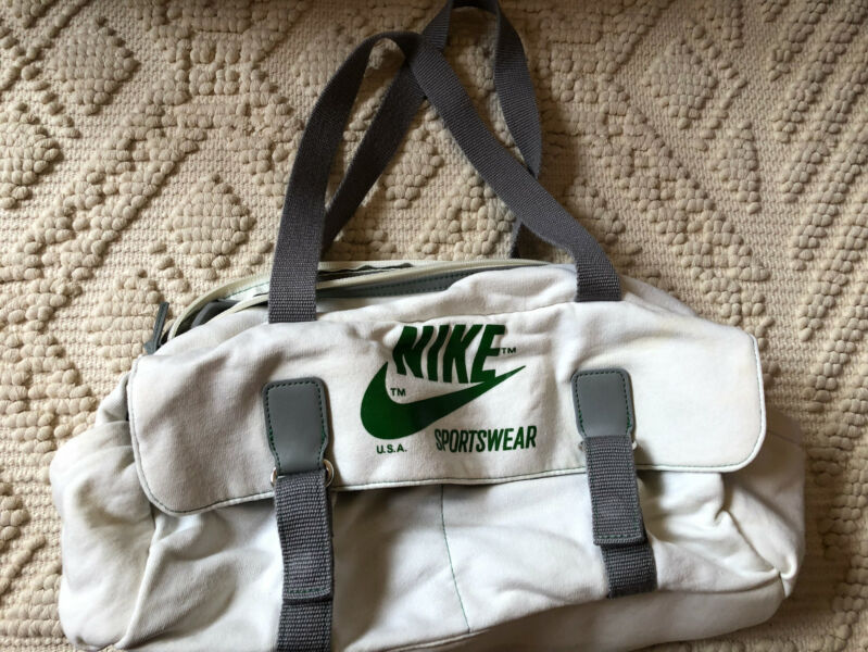 360311c081dd Nike Sportswear Women s Hand Bag Cotton