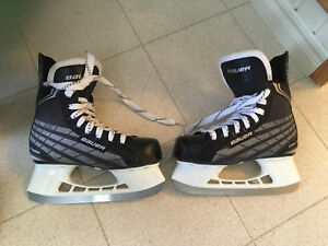 Size 2 Boys Bauer Skates