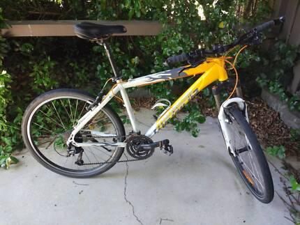 Merida men's mountain bike 27-speed (3x9)