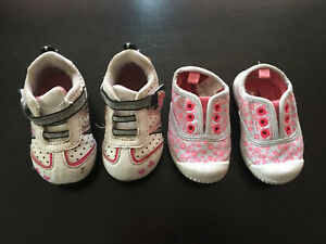 Girls shoes size 3.5/4